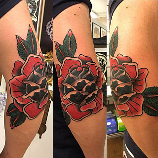 By Victor #tattoo #downundertattoo #lappeenranta #rose